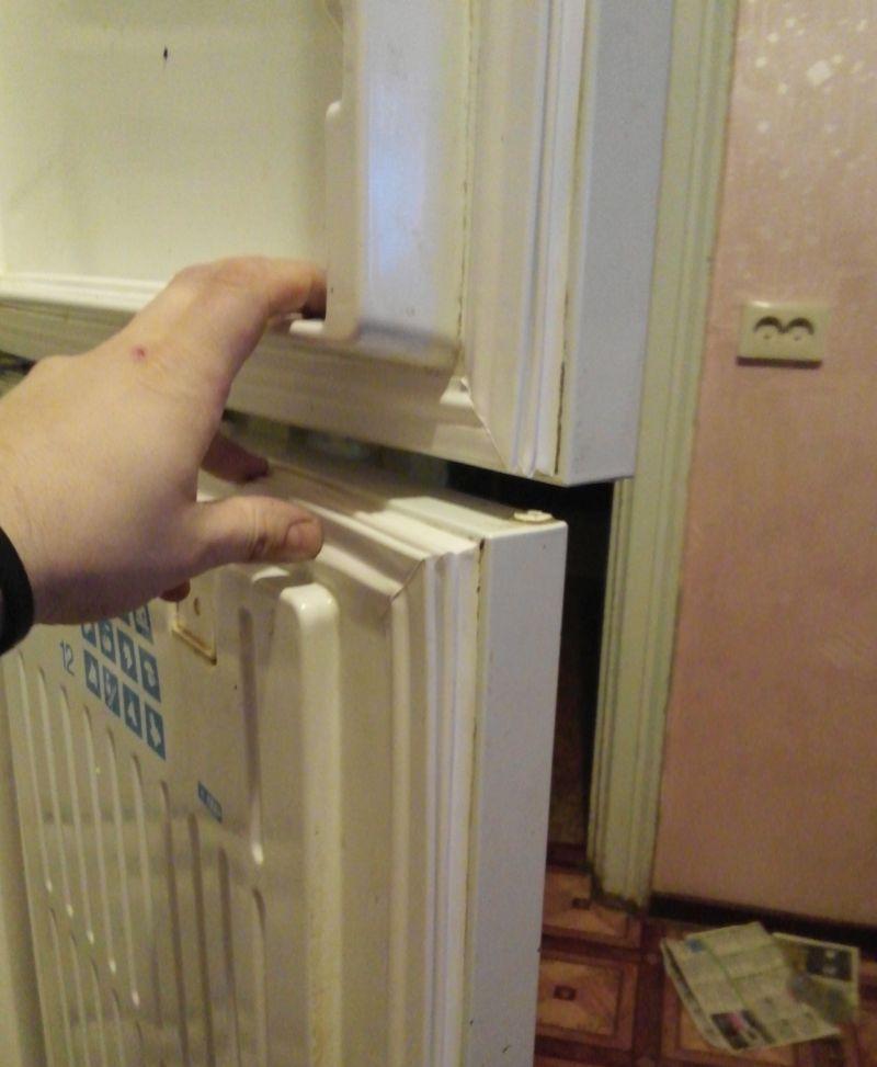 Замена уплотнительной на холодильнике стинол 91